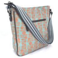 Berries print messenger